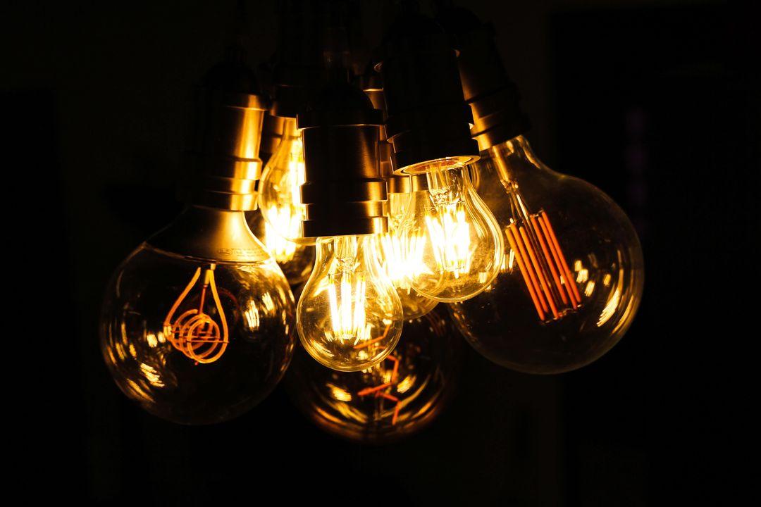 cluster of light bulbs